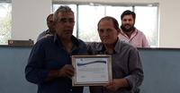 Sr. Ader José Silveira recebe moção da Câmara Municipal